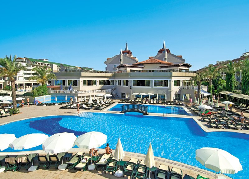 AYDINBEY FAMOUS RESORT