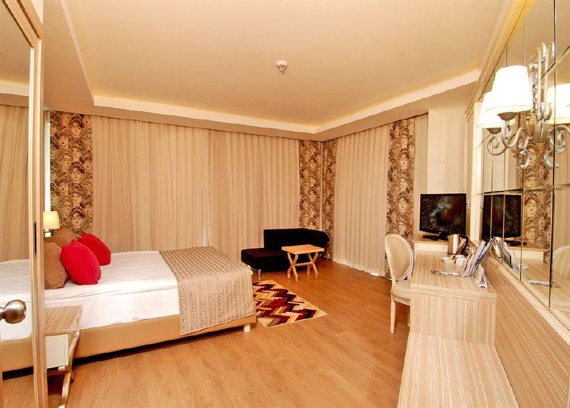 Delphin Deluxe Resort Hotel / Delphin Deluxe Resort Hotel