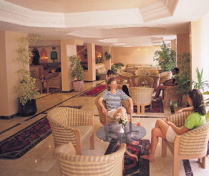 Fame Hotel / Fame Hotel
