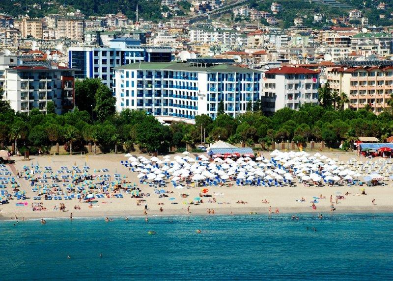 Grand Zaman Beach Hotel / Grand Zaman Beach Hotel