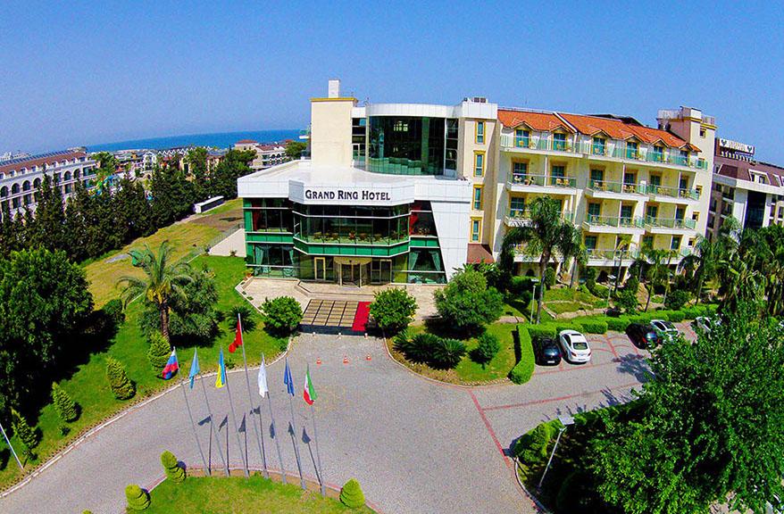 Grand Ring Hotel / Grand Ring Hotel