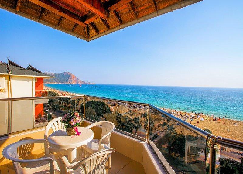 Kleopatra Ada Beach Hotel / Kleopatra Ada Beach Hotel