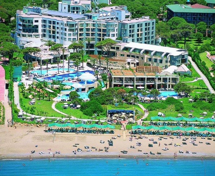 Limak Atlantis De Luxe Hotel & Resort / Limak Atlantis De Luxe Hotel & Resort