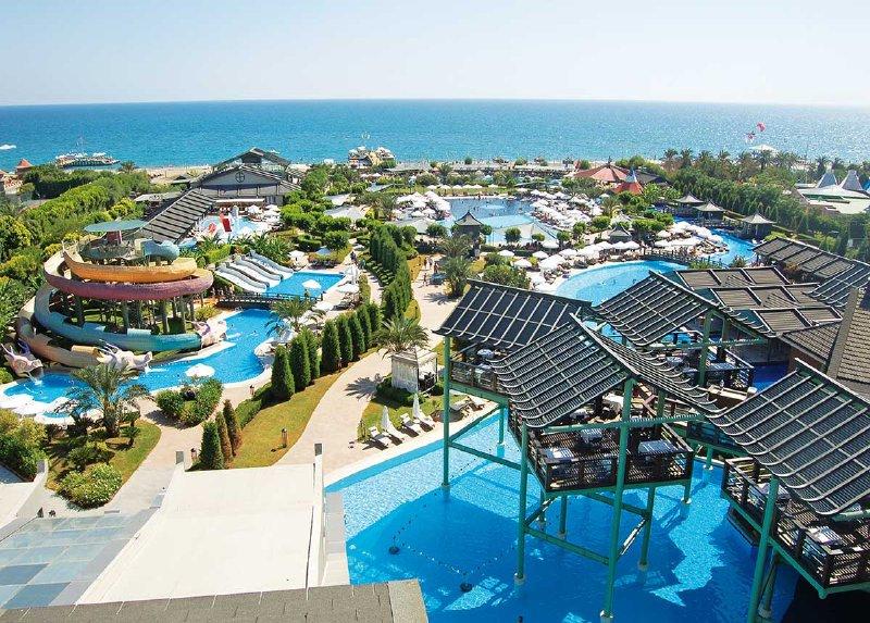 Limak Lara De Luxe Hotel & Resort / Limak Lara De Luxe Hotel & Resort