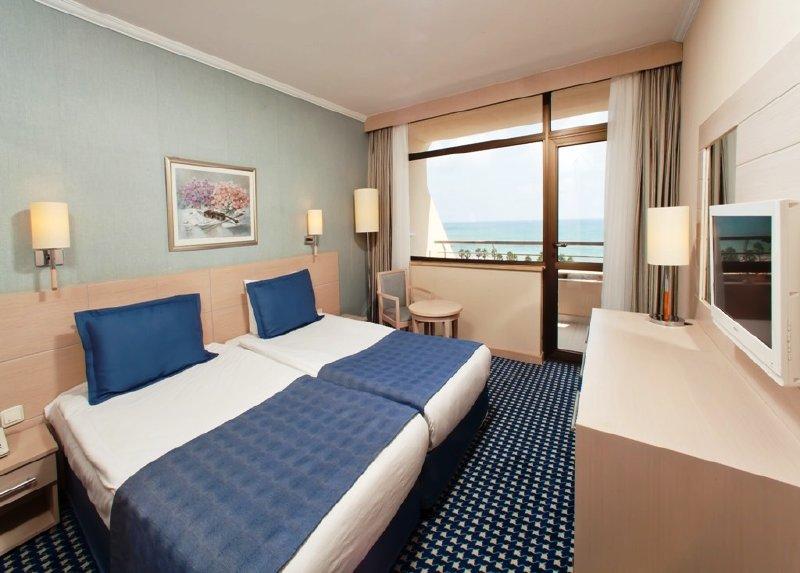Zeynep Hotel / Zeynep Hotel